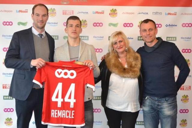 OFICIAL: Martin Remacle extiende su contrato con el Standard Liége hasta 2019
